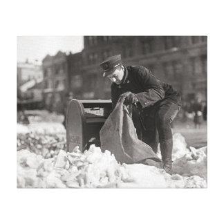 雪の郵便配達員、1922年 キャンバスプリント