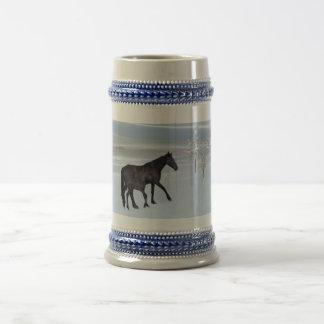 雪の馬そして子馬 ビールジョッキ