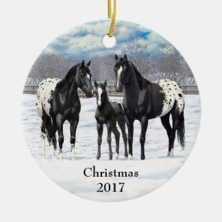 雪の黒いAppaloosaの馬 セラミックオーナメント