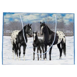 雪の黒いAppaloosaの馬 ラージペーパーバッグ