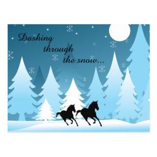 雪の~の馬の休日のクリスマスによって紛砕 ポストカード