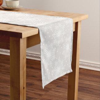 雪片の休日のテーブルのランナー ショートテーブルランナー