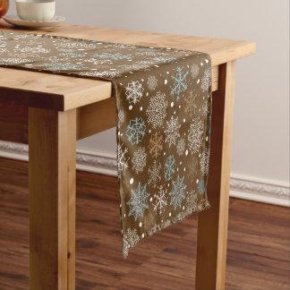 雪片パターン-クリスマスのギフト ショートテーブルランナー