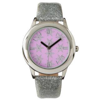 雪片、氷のピンクの銀製の水晶 腕時計