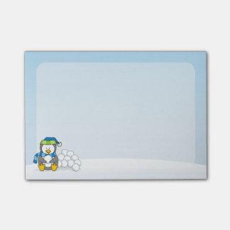 雪玉と坐っている小さいペンギン ポストイット