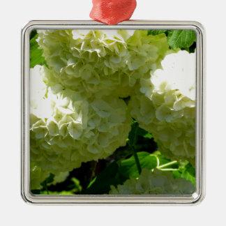 雪玉のブッシュの開花 メタルオーナメント