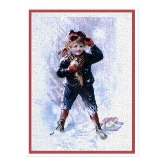 雪玉を遊んでいるヴィンテージの男の子 ポストカード