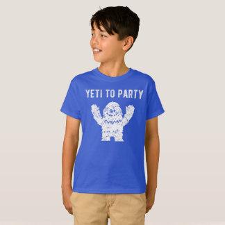 雪男のワイシャツをパーティを楽しむ雪男 Tシャツ