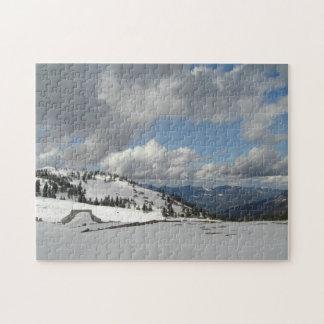 雪、日曜日および山 ジグソーパズル