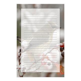 雪、3を持つホーソーンの大人のヒメレンジャク 便箋