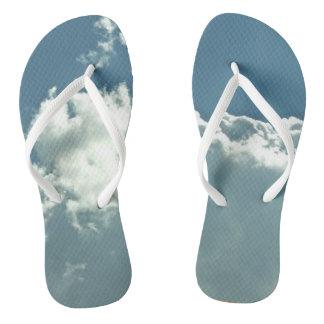 雲で歩くこと ビーチサンダル