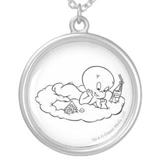 雲でSnackingキャスパー シルバープレートネックレス