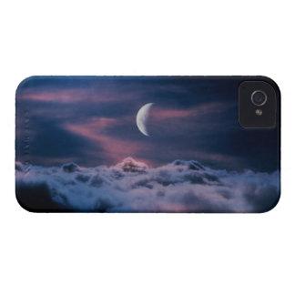 雲の上の月 iPhone 4 カバー