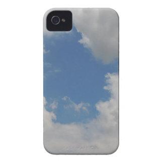 雲の円の青い穴 Case-Mate iPhone 4 ケース