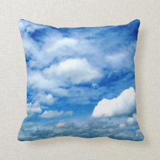 雲の装飾用クッション クッション
