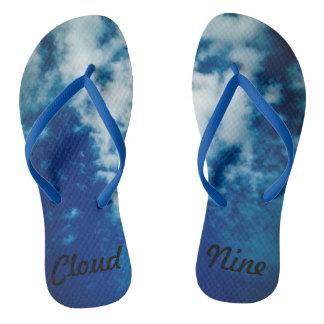 雲9のビーチサンダルで歩くこと ビーチサンダル