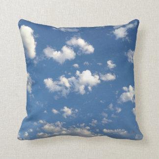 雲9 クッション