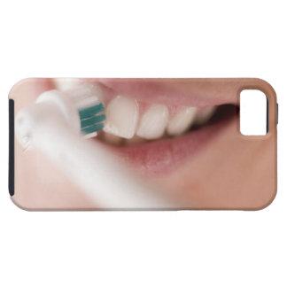電動歯ブラシ。 これらの装置はモーターを備えています iPhone SE/5/5s ケース