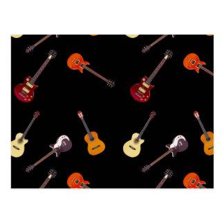 電気及びアコースティックギターのコラージュ ポストカード
