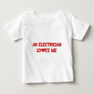 電気技師は私を愛します ベビーTシャツ