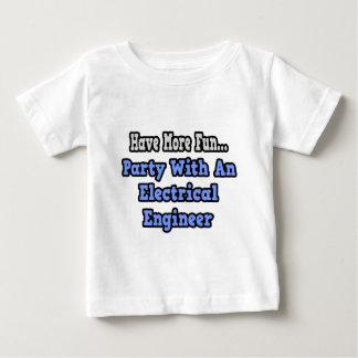 電気技師を持つパーティー ベビーTシャツ