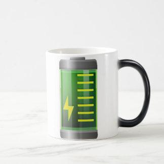 電池はマグ-変形させる魔法のコーヒー・マグ--を変形させます マジックマグカップ