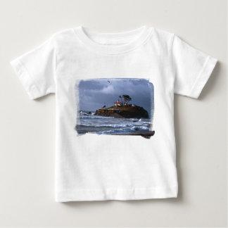 電池ポイント灯台及びカモメの乳児T ベビーTシャツ
