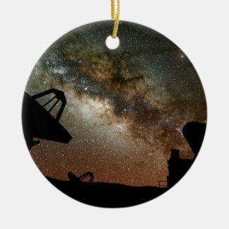 電波望遠鏡および銀河 セラミックオーナメント