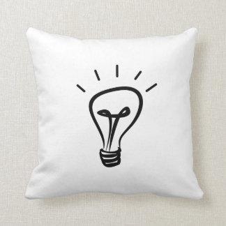 電球のアイディア クッション