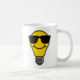 電球の(高い)テンプレート コーヒーマグカップ