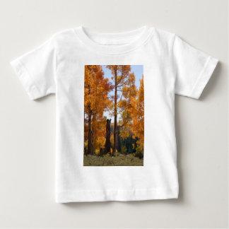 震動《植物》アスペンのヒマラヤスギはユタを壊します ベビーTシャツ