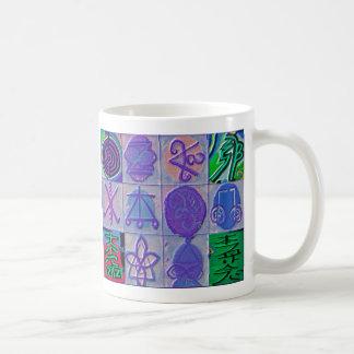 霊気の治療のシンボルや象徴12のHavenlyの青 コーヒーマグカップ