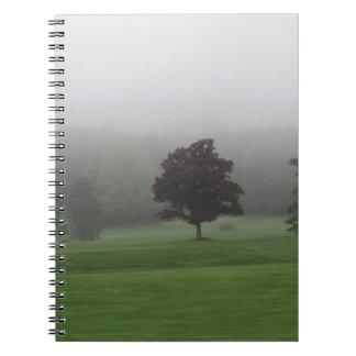 霧によって満たされる景色 ノートブック
