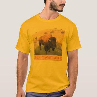 霧のバイソン Tシャツ