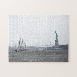 霧のパズルのニューヨーク港 ジグソーパズル