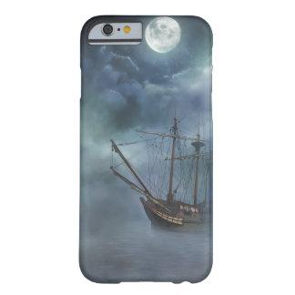霧の海賊幽霊の船 BARELY THERE iPhone 6 ケース