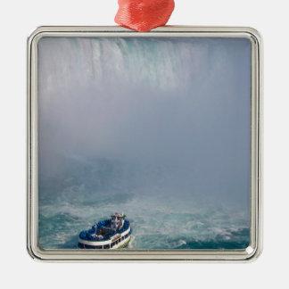 霧の虹ナイアガラ・フォールズ、カナダの女中 メタルオーナメント