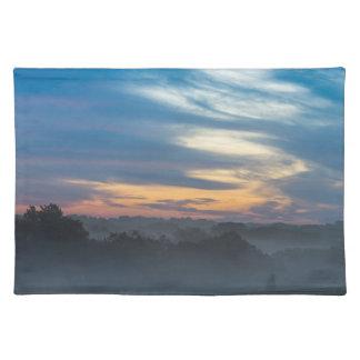 霧を通して ランチョンマット