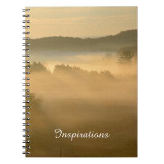 霧深い丘および谷 ノートブック