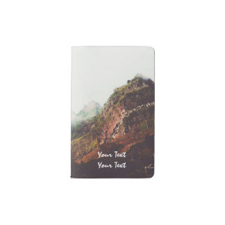 霧深い山、リラックスさせるな自然の景色場面 ポケットMoleskineノートブック
