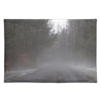 霧深い朝の歩行 ランチョンマット