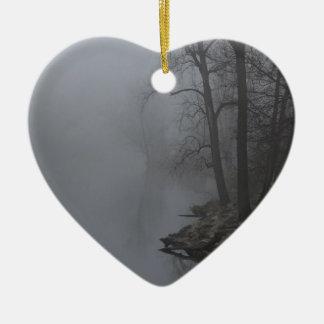 霧深い朝 セラミックオーナメント