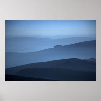 霧深い朝Shropshire ポスター