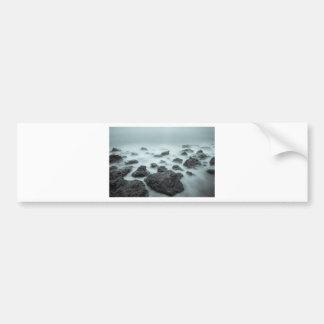 霧深い石 バンパーステッカー