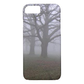 霧深いiPhoneの場合 iPhone 8/7ケース