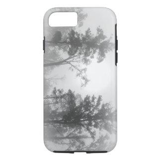 霧深いTreescape iPhone 8/7ケース