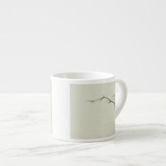 霧-ミニマリズムのキイチゴのつる エスプレッソカップ