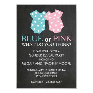 青いですかピンクの性はパーティの招待の黒板を明らかにします カード