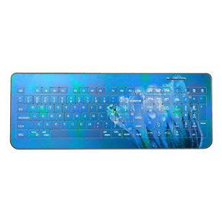 青いばら色の背景をぬらして下さい ワイヤレスキーボード