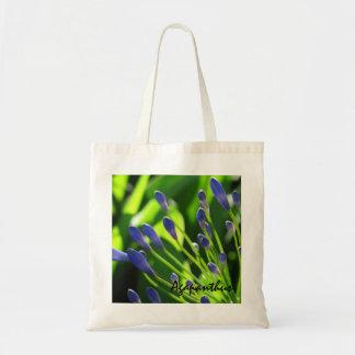 青いアガパンサス属の芽の予算のバッグ トートバッグ